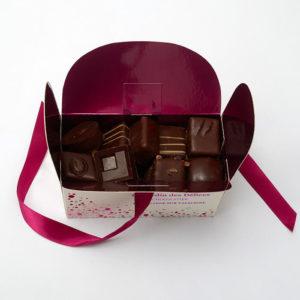 Ballotin_Chocolats_Ganaches_noir_Jardin_des_delices