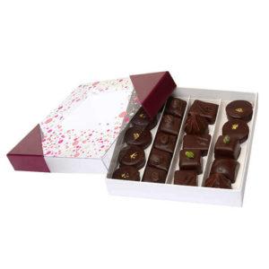 Boite_Carré_chocolats_Noirs_Ganaches-Jardin-des-delices